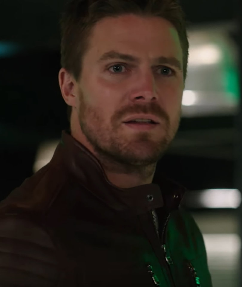 CW's 'Arrow' Teases Major Drama in Final 5 Episodes For Season 5 (Video)