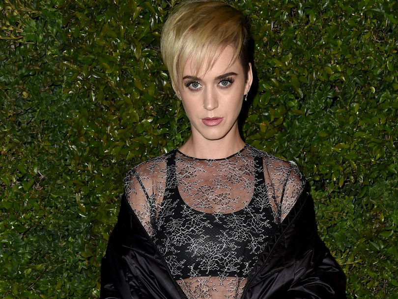 Katy Perry Dragged on Instagram Over 'Ridiculous' Photo Users Say Disrespects Indian Culture