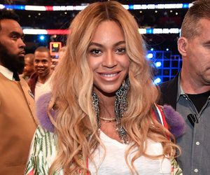 Beyoncé Shows Tons of Leg in Brand New Baby Bump Picture (Photos)