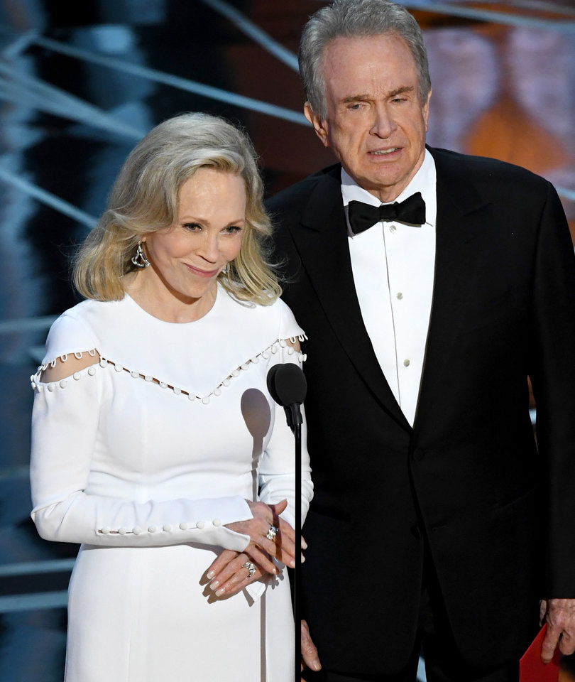 Faye Dunaway Says She Has 'Not Recovered' from Oscar Best Picture Fail