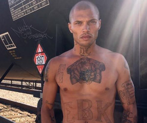 """Hot Mugshot Guy"" Jeremy Meeks' Best Photos"