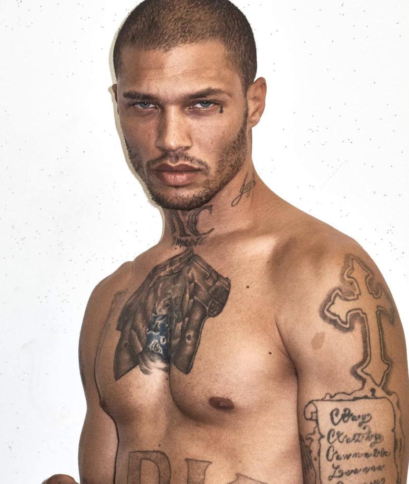 See Hot Mugshot Guy Jeremy Meeks' First, Half-Naked Cover Shoot
