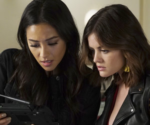 5 Jaw-Droppers From 'Pretty Little Liars': Jenna Returns, Ezra's Reunion