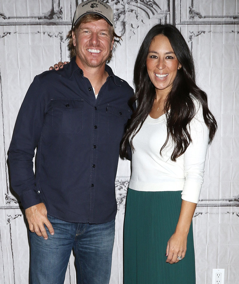 HGTV's 'Fixer Upper' Starring Chip and Joanna Gaines Will End After Season 5