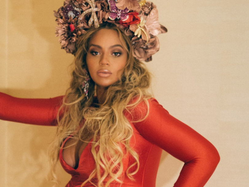 Beyonce's Bumping at the Wearable Art Gala
