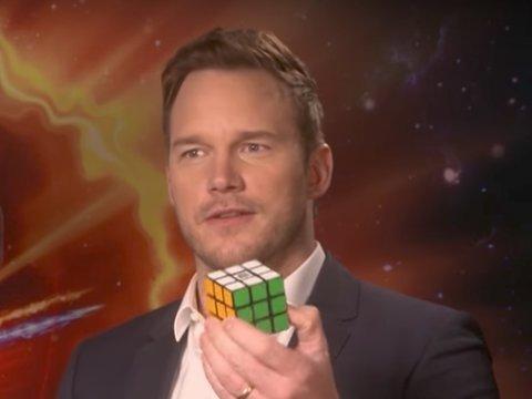 Chris Pratt Solves Rubik's Cube in 3 Minutes During Interview
