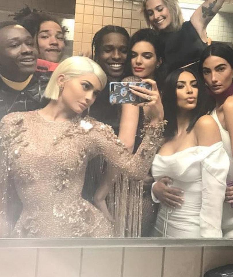 25 Rebellious Stars Who Broke Met Gala's No Selfie Rule