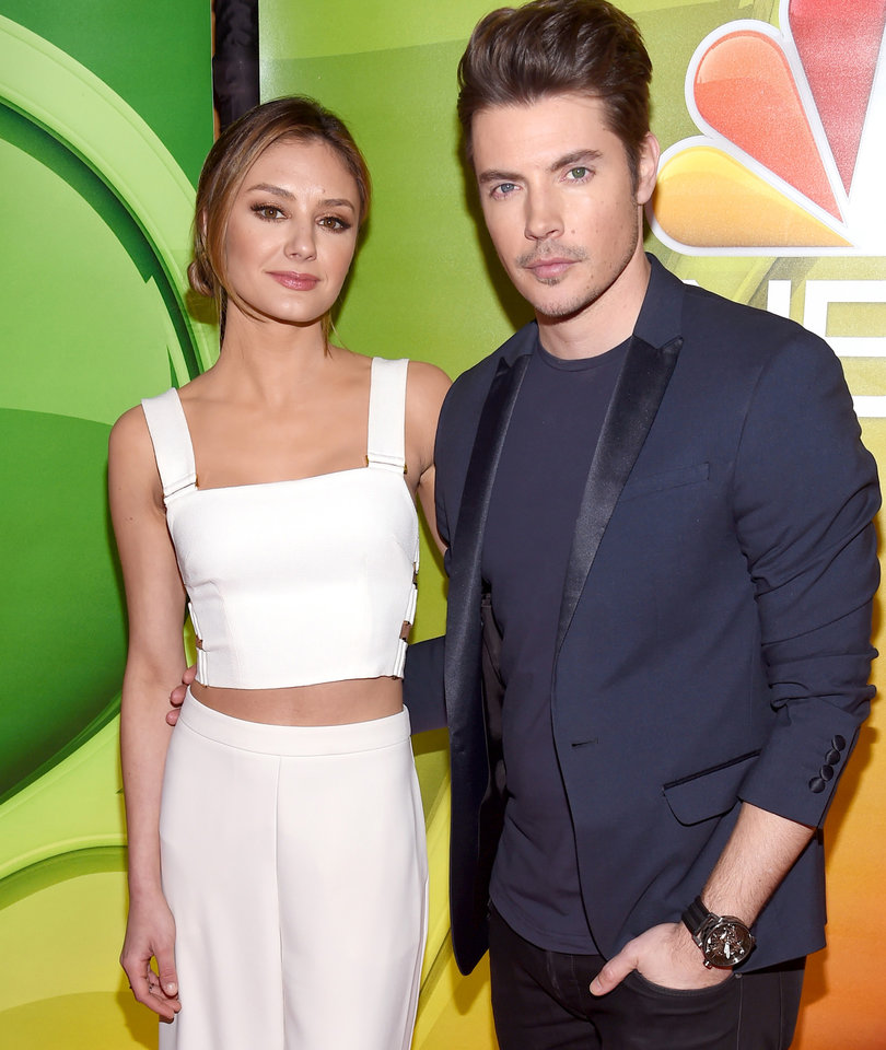 'Arrangement' Star Josh Henderson Teases 'Super Intense' Season 2