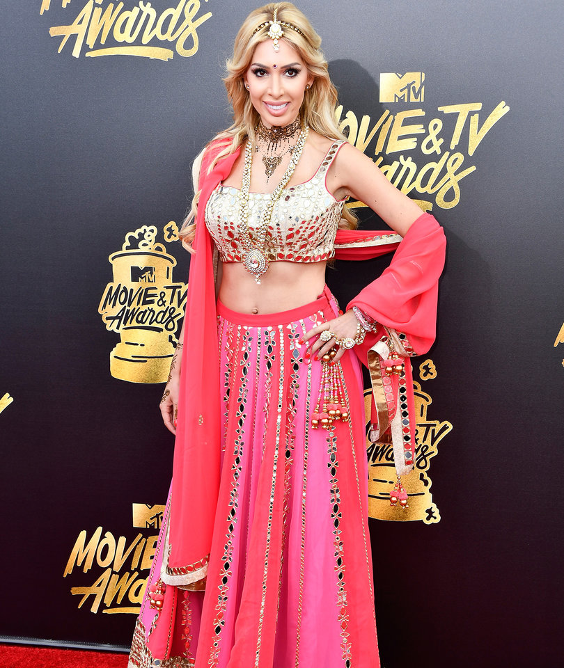 Here's Why Farrah Wore Bollywood-Inspired Look to MTV Movie & TV Awards