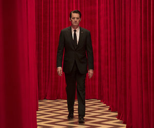 'Twin Peaks' Trailer Spotlights Newcomers and a Few Familiar Faces