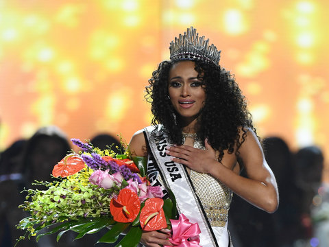 Twitter Piles on Miss USA Winner for Calling Healthcare a 'Privilege'