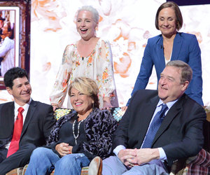 'Roseanne' Reunion at Upfronts as ABC Picks Up 8-Episode Revival