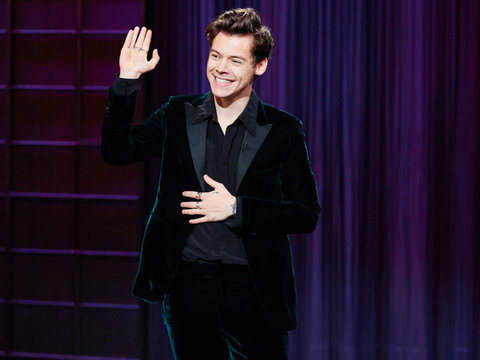 Even Harry Styles Is Making Fun of Trump on Late-Night TV