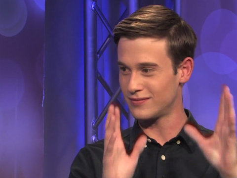 Hollywood Medium Tyler Henry Plays Word Association With This Season's Guests