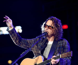 7 Chris Cornell Songs You Need to Hear - From Soundgarden to His Kick-Ass Bond…