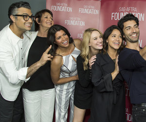 'Jane The Virgin' Cast Pose for Selfie After Season Finale