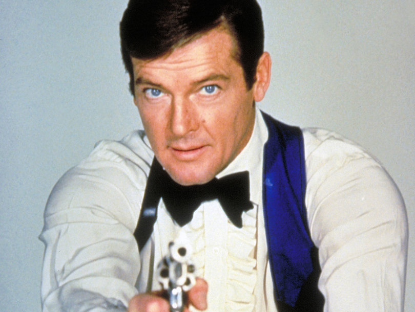 Roger Moore, 'James Bond' Actor, Dead at 89
