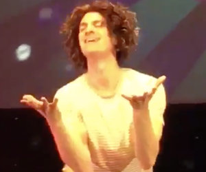 Andrew Garfield Lip Syncs for His Life as Whitney During Drag Show