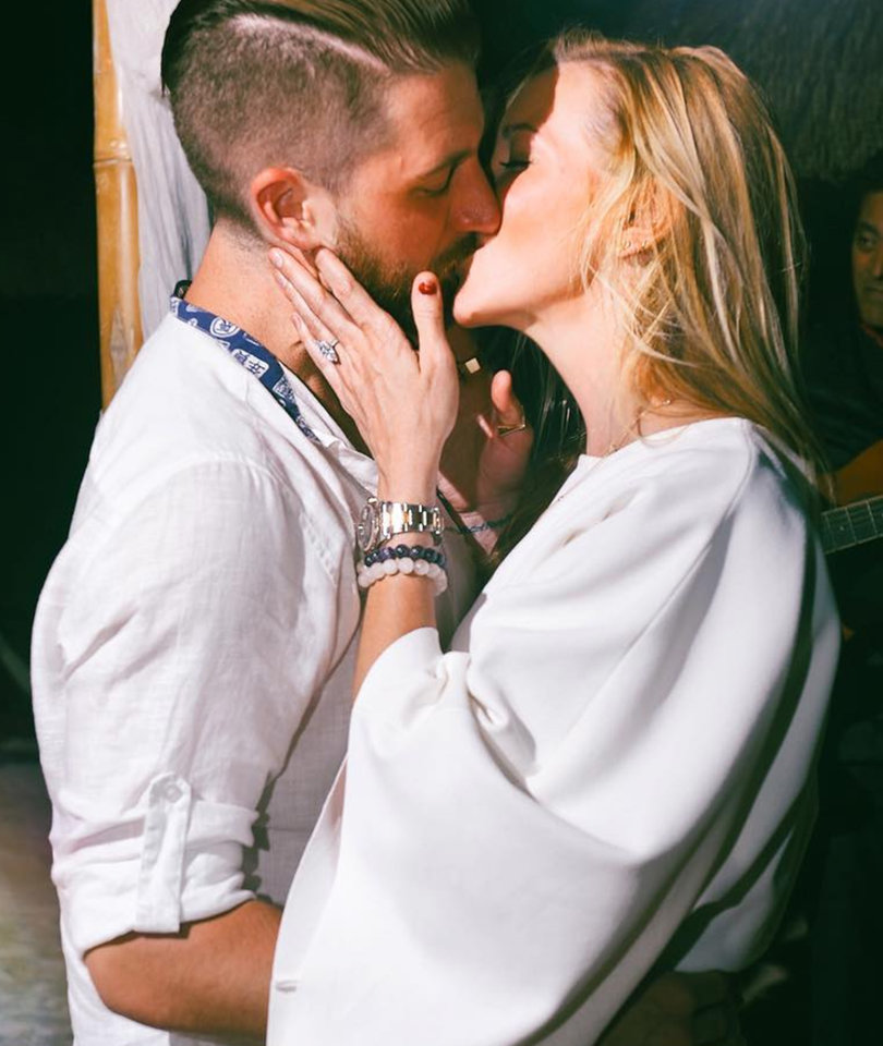 'Arrow' Star Katie Cassidy Is Engaged to Matthew Rodgers