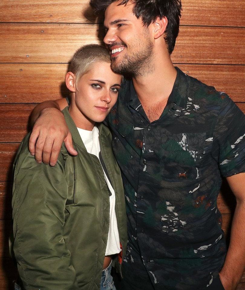 Kristen Stewart and Taylor Lautner Have Mini 'Twilight' Reunion