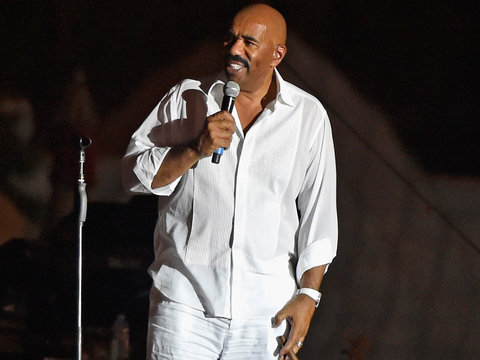 Steve Harvey Torched On Twitter for Flint Water Remarks
