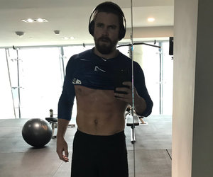 'Arrow' Star Stephen Amell to Body Shaming Trolls: 'Take Sh-tty Tweets Elsewhere'