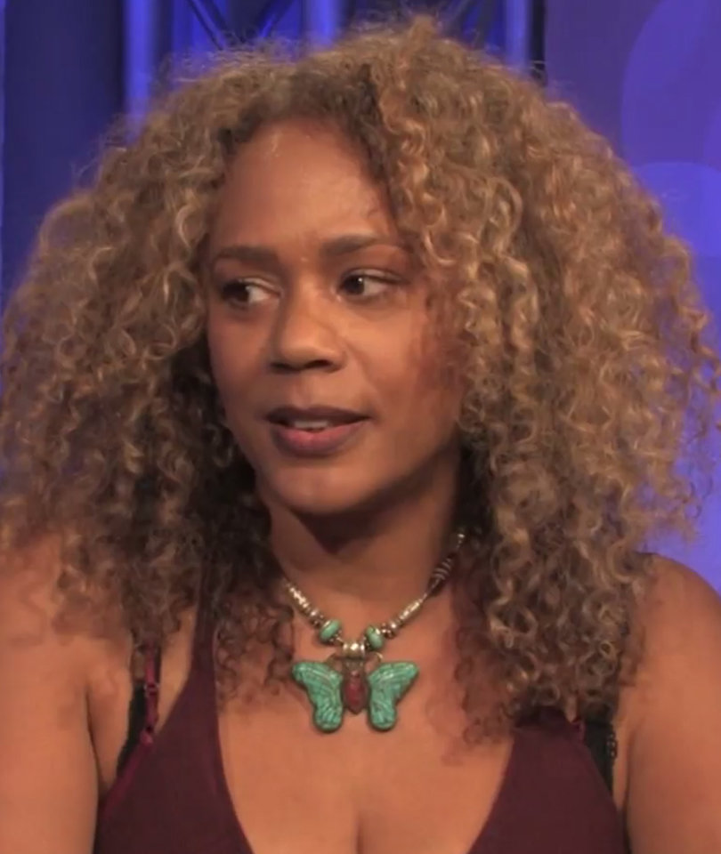 'The Craft' Star Rachel True On Why CW's 'Charmed' Is A Total 'Craft' Rip Off