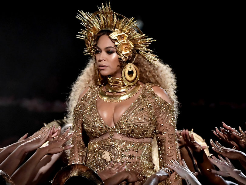 Beyonce Debuts Twins and Twitter Goes Nuts: See the Funniest, Craziest and Weirdest Reactions