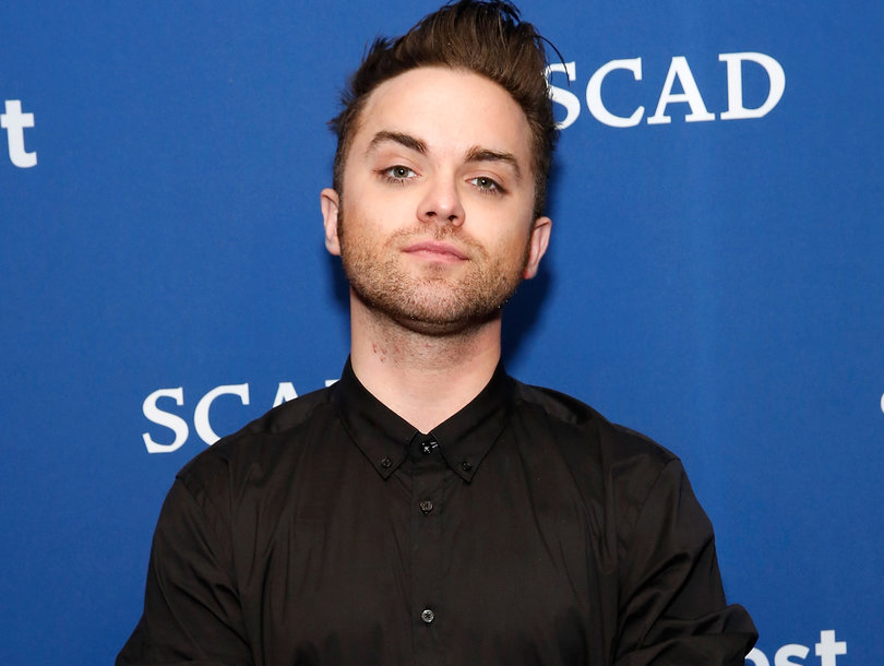 'Heroes' Star Thomas Dekker Reveals He's Gay After Show Producer Bryan Fuller 'Outs' Him