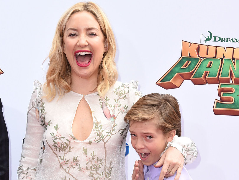 Kate Hudson Sizzles For A Little Family Fun In The Sun