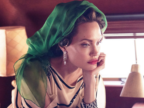 Here's Everything Angelina Jolie Said About Brad Pitt Split In Vanity Fair