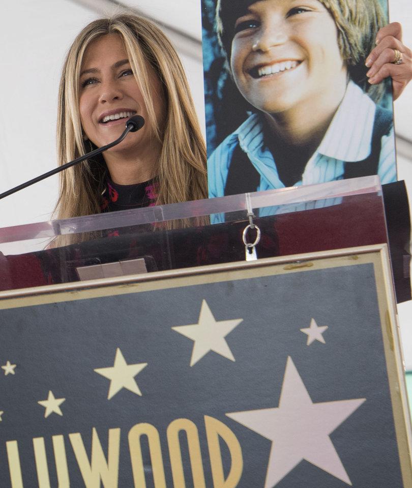 How Jennifer Aniston Roasted BFF Jason Bateman at Walk of Fame Star Ceremony