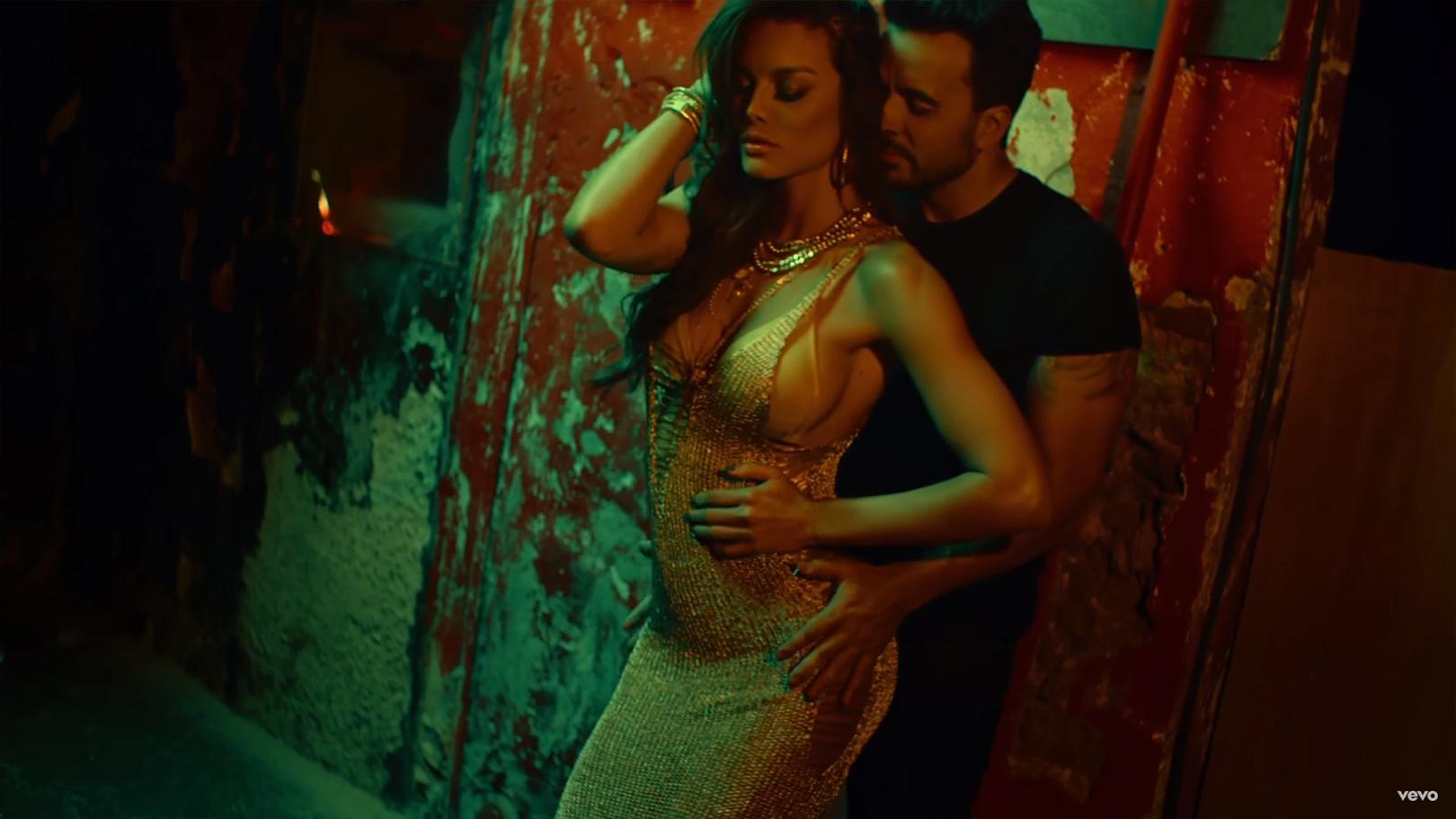 despacito_music_video_inset2