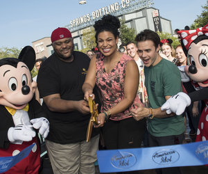 Former 'American Idol' Winners Kick Off Auditions in Orlando