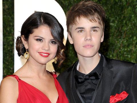 Justin Bieber's Nudes Pop Up on Selena Gomez's Instagram Page In Apparent Hack