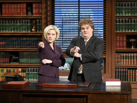 'SNL's' Former Comedian Bobby Moynihan Wants The Sketch Comedy Program To Rid Politics