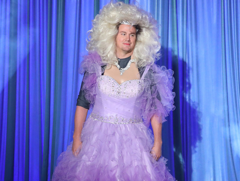 Channing Tatum Does Full Disney Princess Drag to Lip Sync 'Let It Go' on 'Ellen'