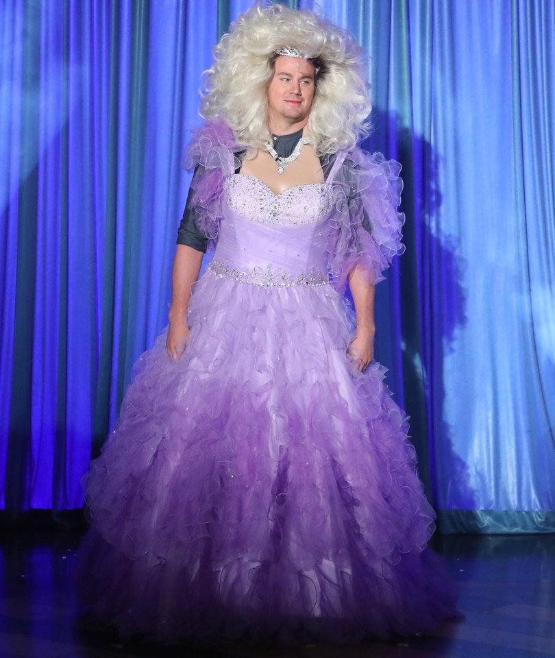 Channing Tatum Does Full Disney Princess Drag to Lip Sync 'Let It Go'