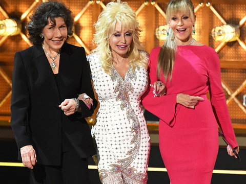 '9 to 5' Stars Reunite to Shred 'Sexist, Egotistical' Trump at Emmys