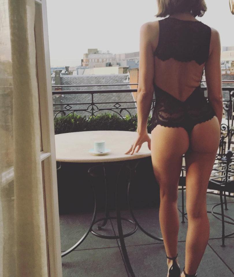 Jenna Dewan Tatum Gets Cheeky Before 'Kingsman' Premiere