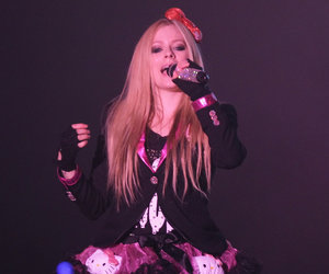 Why Avril Lavigne Is 'Most Dangerous Celebrity' on the Internet