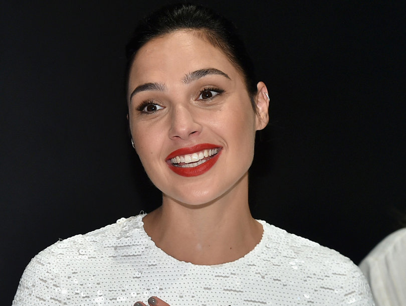 Gal Gadot Among Stars Set to Host 'SNL' Next Season