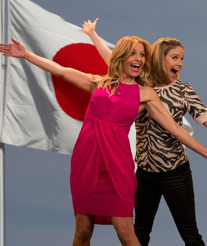 'Fuller House' Star Andrea Barber Teases 'Controversial' Season 3 'Cliffhanger'