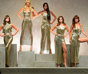 '90s Supermodels Prove They've Still Got It at Versace Fashion Show