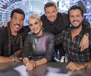 Seacrest and 'American Idol' Judges Pose For Photo While Filming