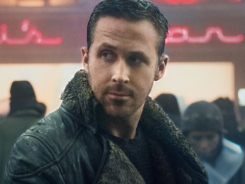 'Blade Runner 2049' Star Ryan Gosling Shines in Dystopian La La Land