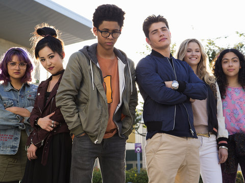 Hulu's Super Villain Spawn Series 'Marvel's Runaways' Is Giving Us 'Gossip Girl' Vibes in…