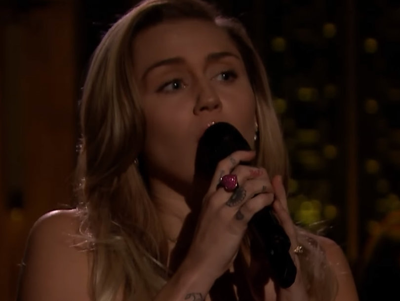 Miley Cyrus Covers Tom Petty's 'Wildflowers' in Beautiful Tribute to Late Rock Star