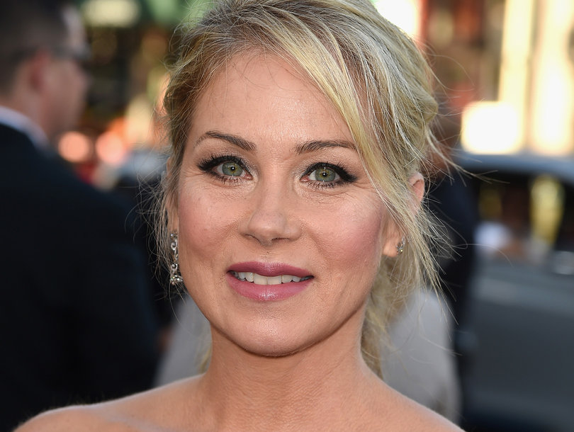 Christina Applegate Reveals She Had Ovaries and Fallopian Tubes Removed