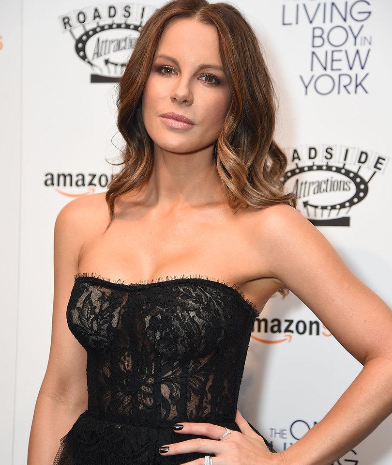 Kate Beckinsale Was 17 Years Old During Harvey Weinstein Hotel Meeting